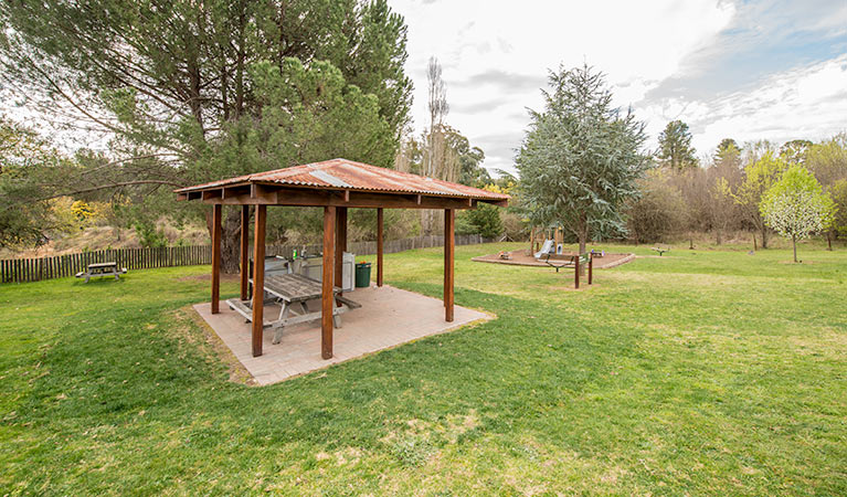 Bill Lyle Reserve picnic area - Accommodation Gladstone
