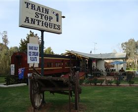 Train Stop Antiques - Accommodation Gladstone