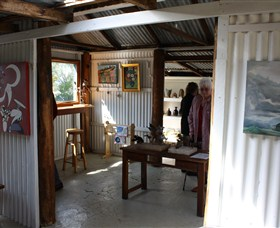 Tin Shed Gallery - Accommodation Gladstone
