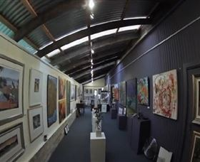 Purple Noon Gallery - Accommodation Gladstone