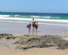 Shellharbour Beach - Accommodation Gladstone