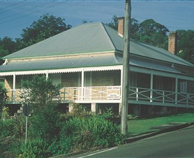 Maclean Stone Cottage and Bicentennial Museum - Accommodation Gladstone