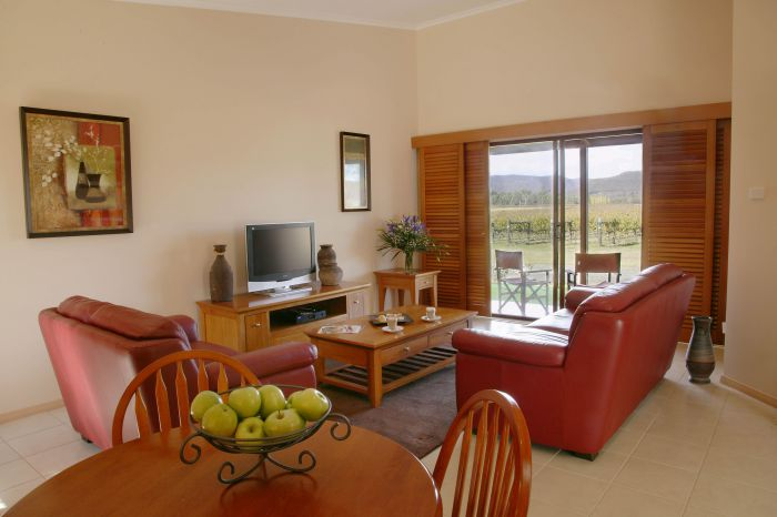Nightingale Wines Luxury Villas - Accommodation Gladstone