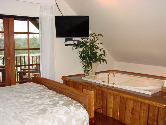 Clarence River Bed and Breakfast - Accommodation Gladstone