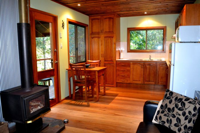 Waterfall Hideout-Rainforest Cabin for Couples - Accommodation Gladstone