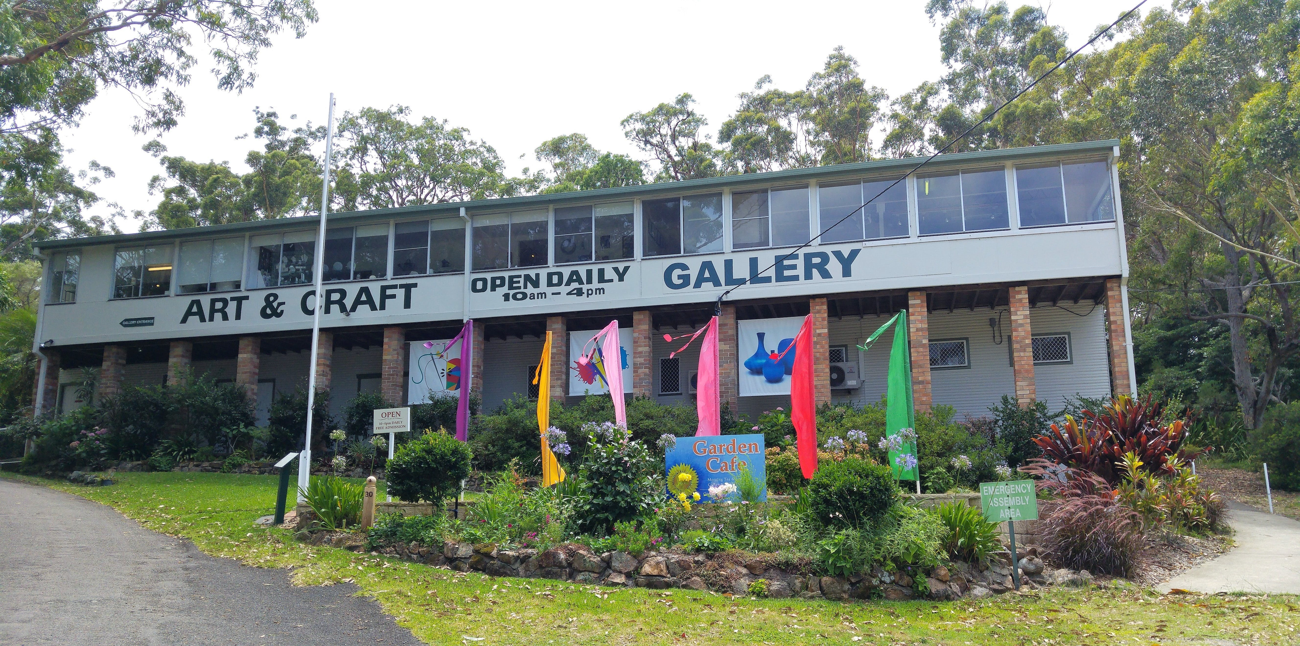 Port Stephens Community Arts Centre Gallery - Accommodation Gladstone