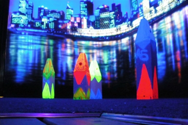Family Fun Centres Black Light Mini Golf - Accommodation Gladstone