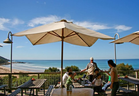 Wye Beach Hotel - Accommodation Gladstone