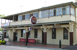 Commercial Hotel Alexandra - Accommodation Gladstone