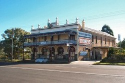 Caledonia Hotel - Accommodation Gladstone