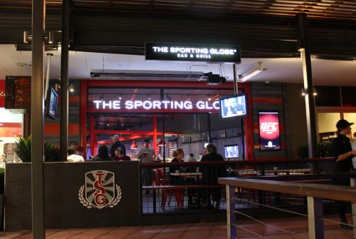 The Sporting Globe Bar amp Grill - Accommodation Gladstone