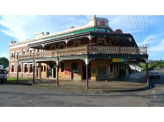 Bank Hotel Dungog - Accommodation Gladstone