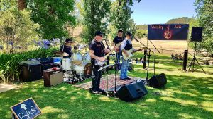 Angas Plains Wines Live in the Vines with the band -Wisky Jak - Accommodation Gladstone