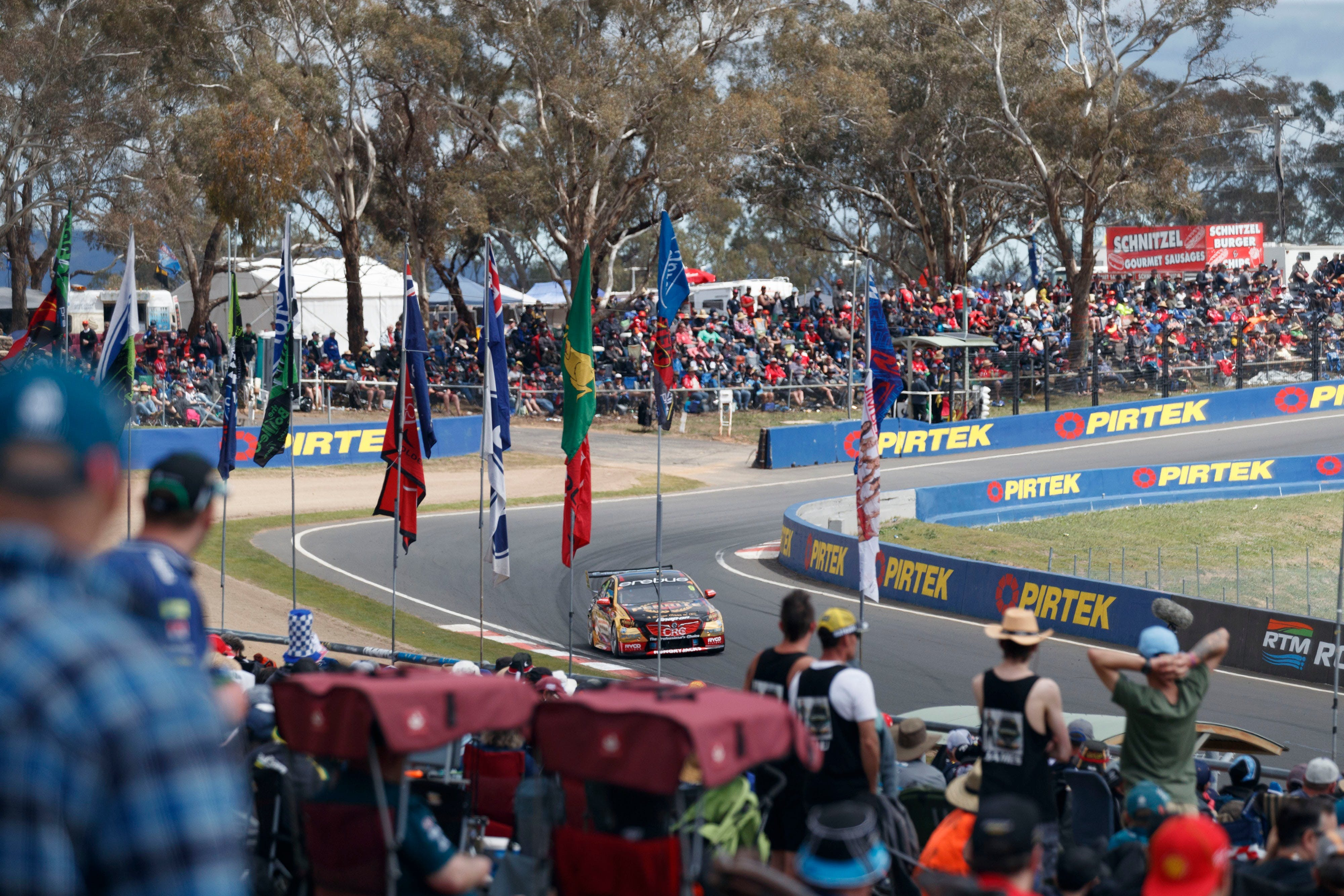 Supercars Supercheap Auto Bathurst 1000 - Accommodation Gladstone