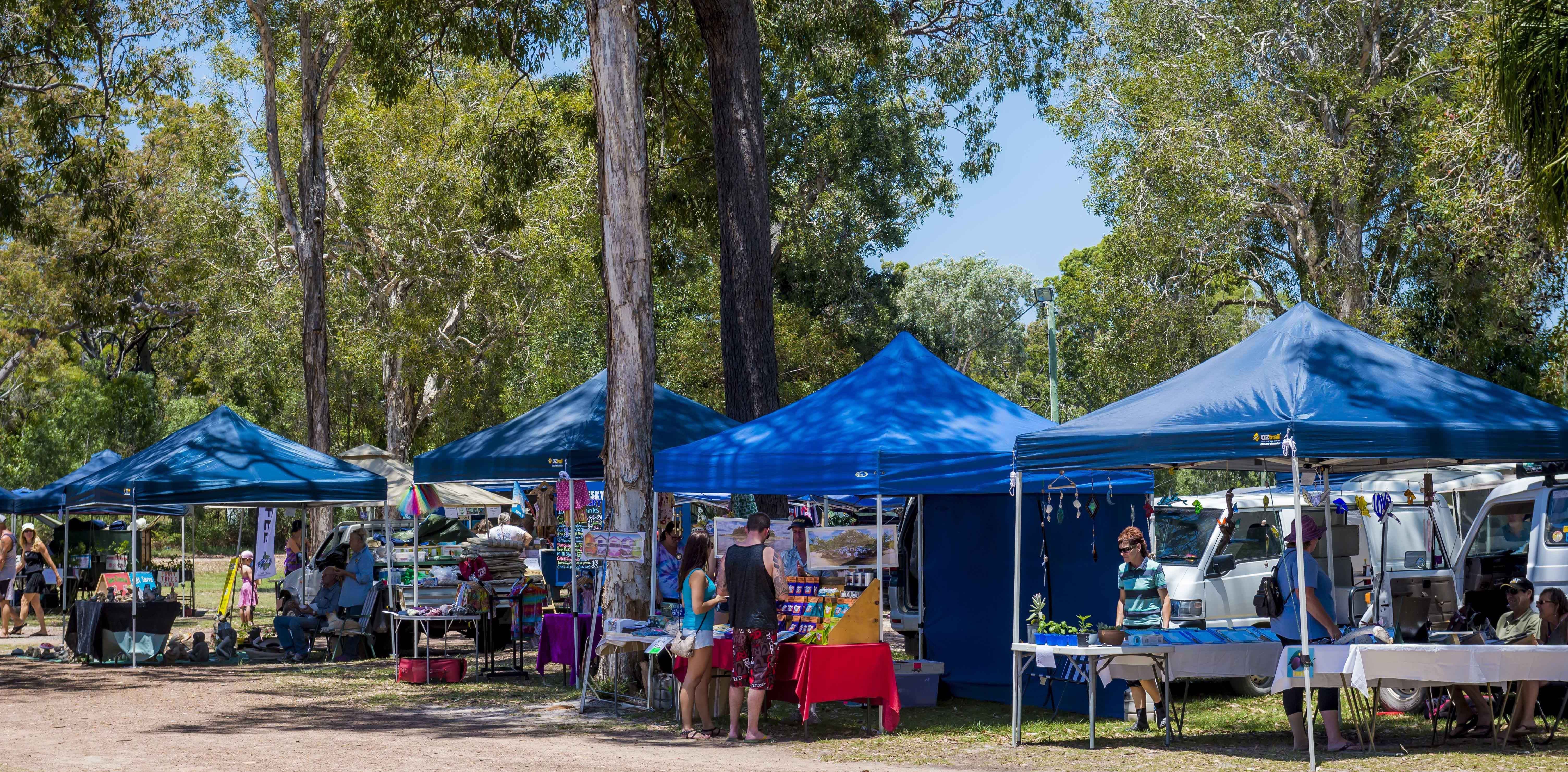 Discovery Coast Rotary Markets - Accommodation Gladstone