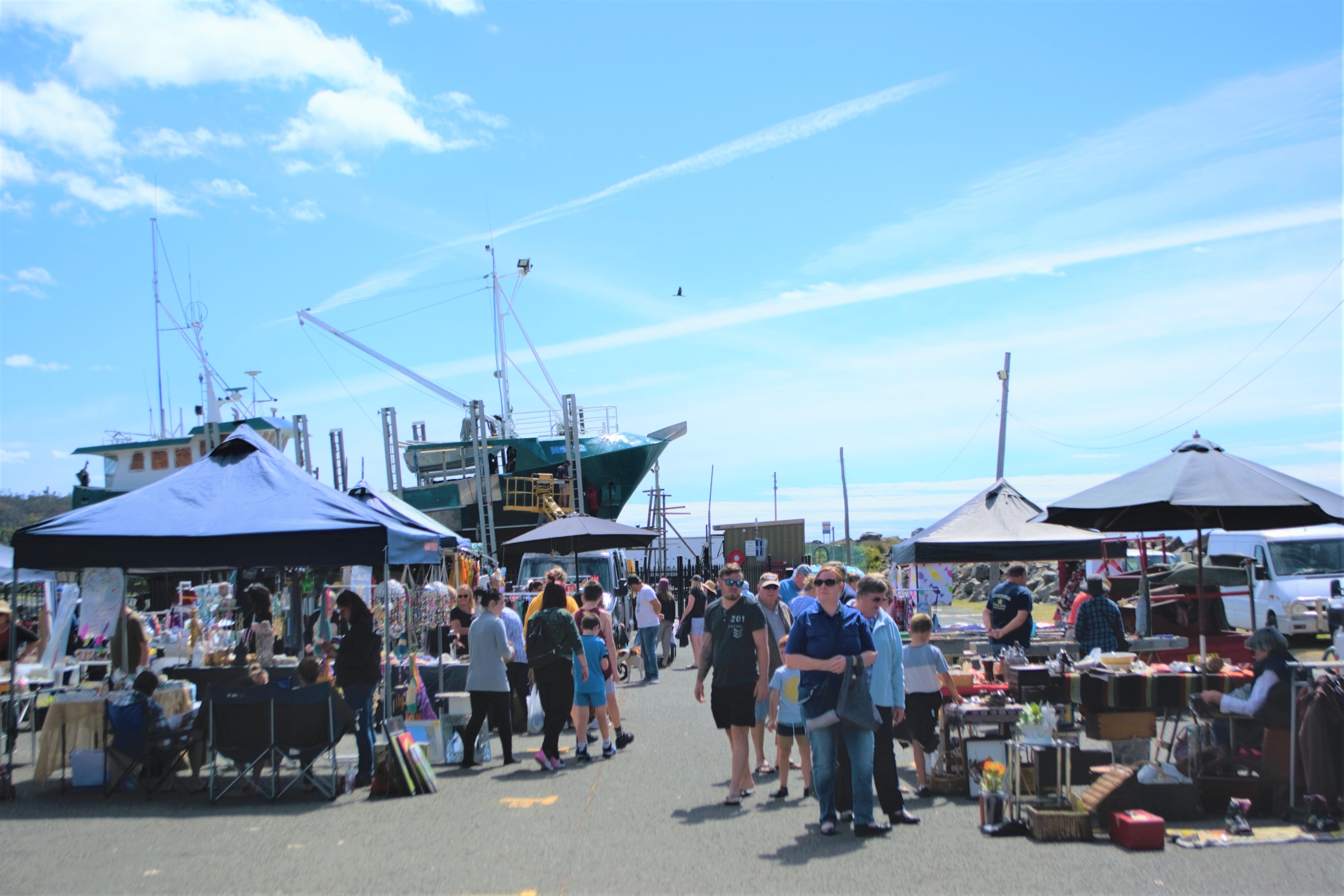 Marine Rescue Ulladulla Wharf Markets - Accommodation Gladstone