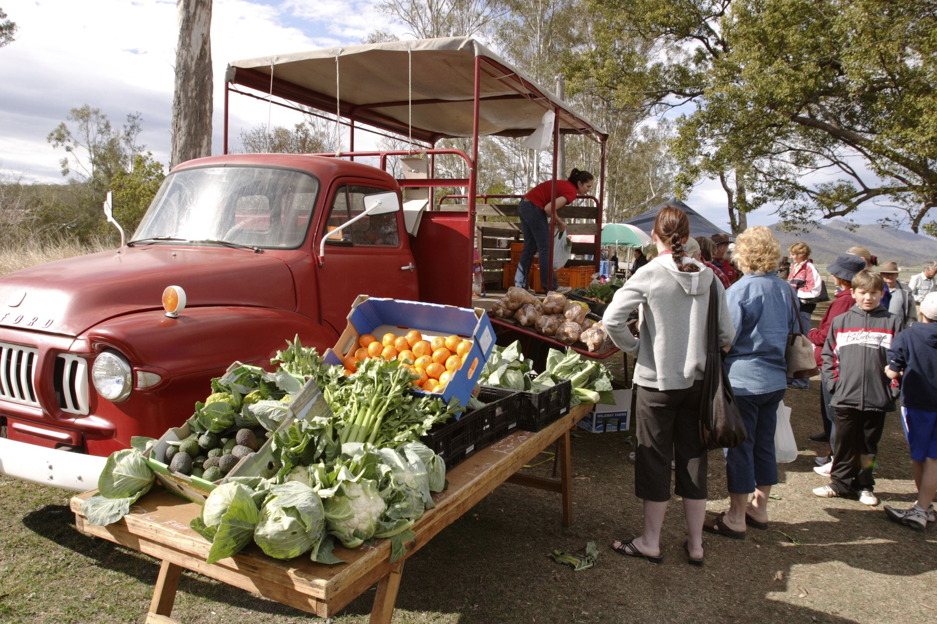 Murphys Creek Markets - Accommodation Gladstone