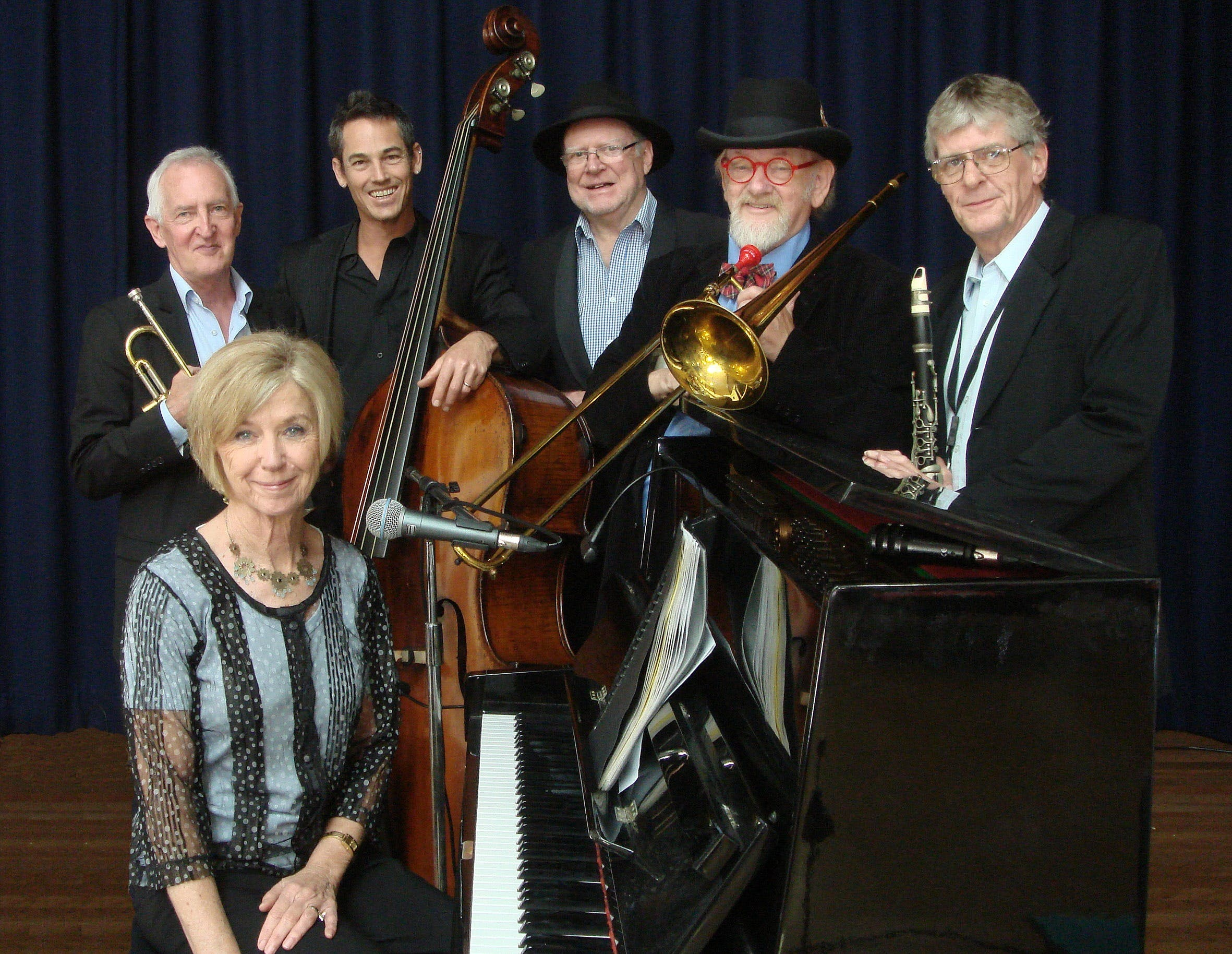 The Caxton Street Jazz Band in the Swigmore Hall at Robert Channon Wines - Accommodation Gladstone