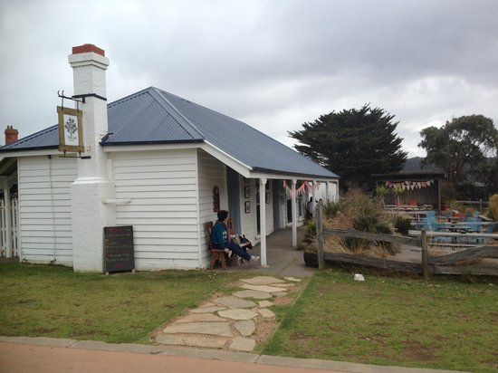 Willows Tea House - Accommodation Gladstone