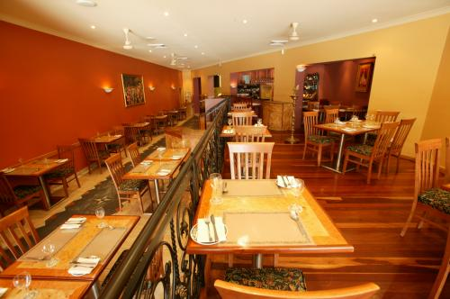 Marinades Indian Restaurant - Accommodation Gladstone