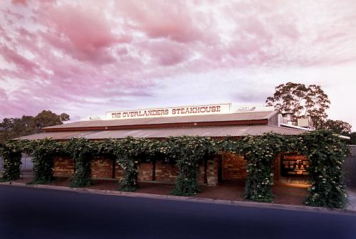 The Overlanders Steakhouse - Accommodation Gladstone