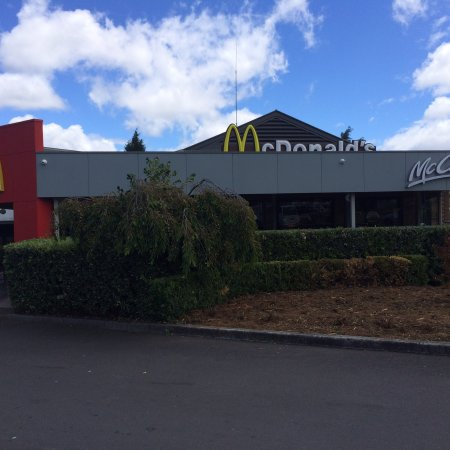 Mcdonald's Family Restaurants - Accommodation Gladstone