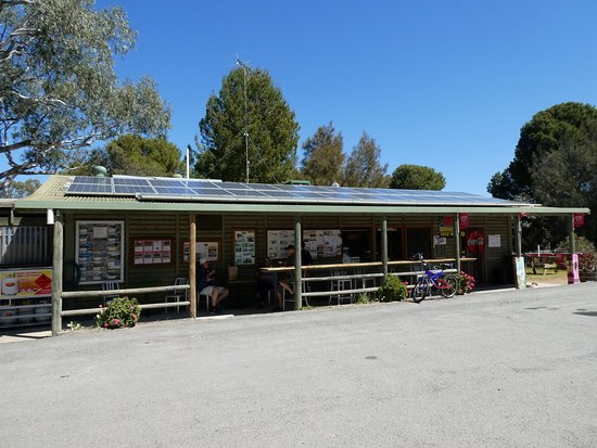 Walker Flat General Store - Accommodation Gladstone