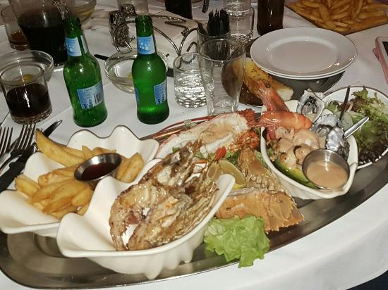 Ashmore Seafood and Steakhouse - Accommodation Gladstone