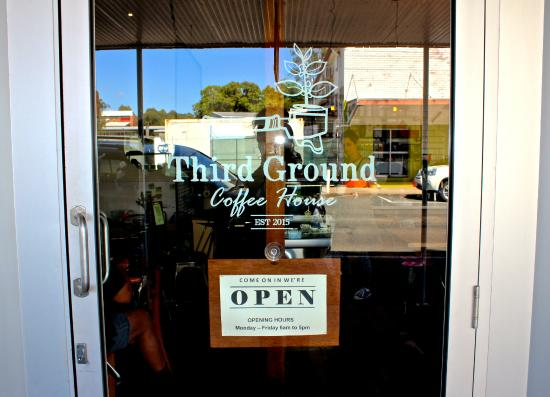 Third Ground Coffee House - Accommodation Gladstone