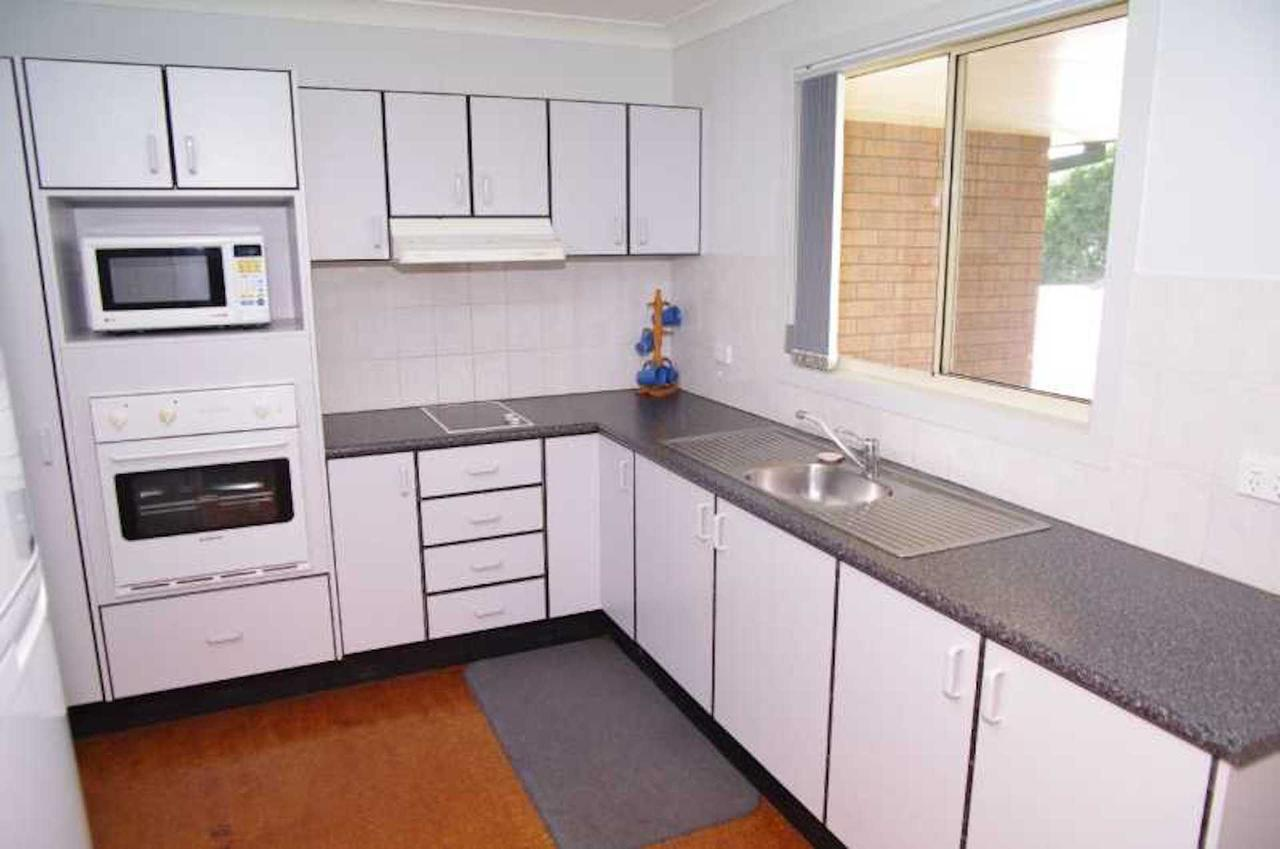 Bellhaven 1 17 Willow Street - Accommodation Gladstone