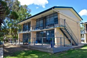 Longbeach Apartments - Accommodation Gladstone