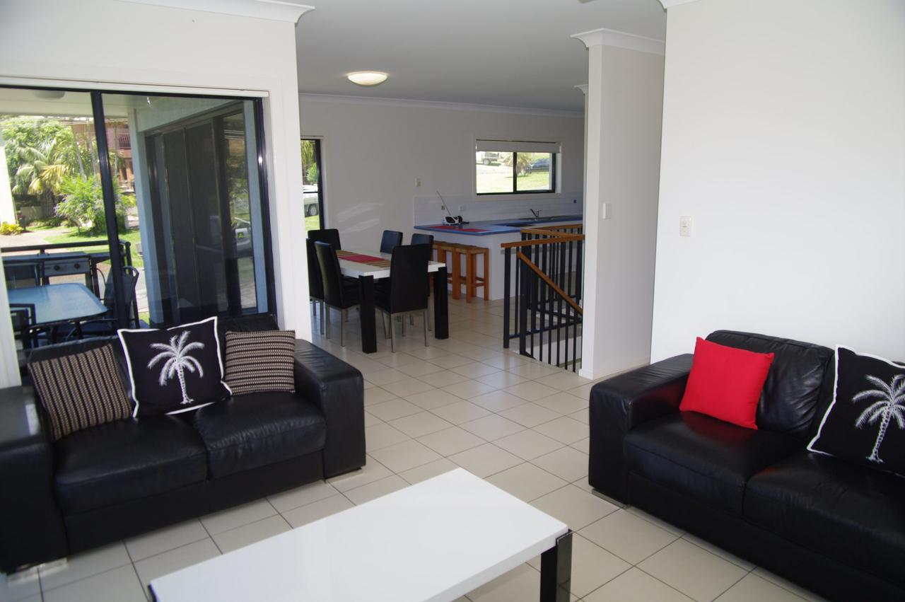 Breakaway 11 Scott Street - Accommodation Gladstone