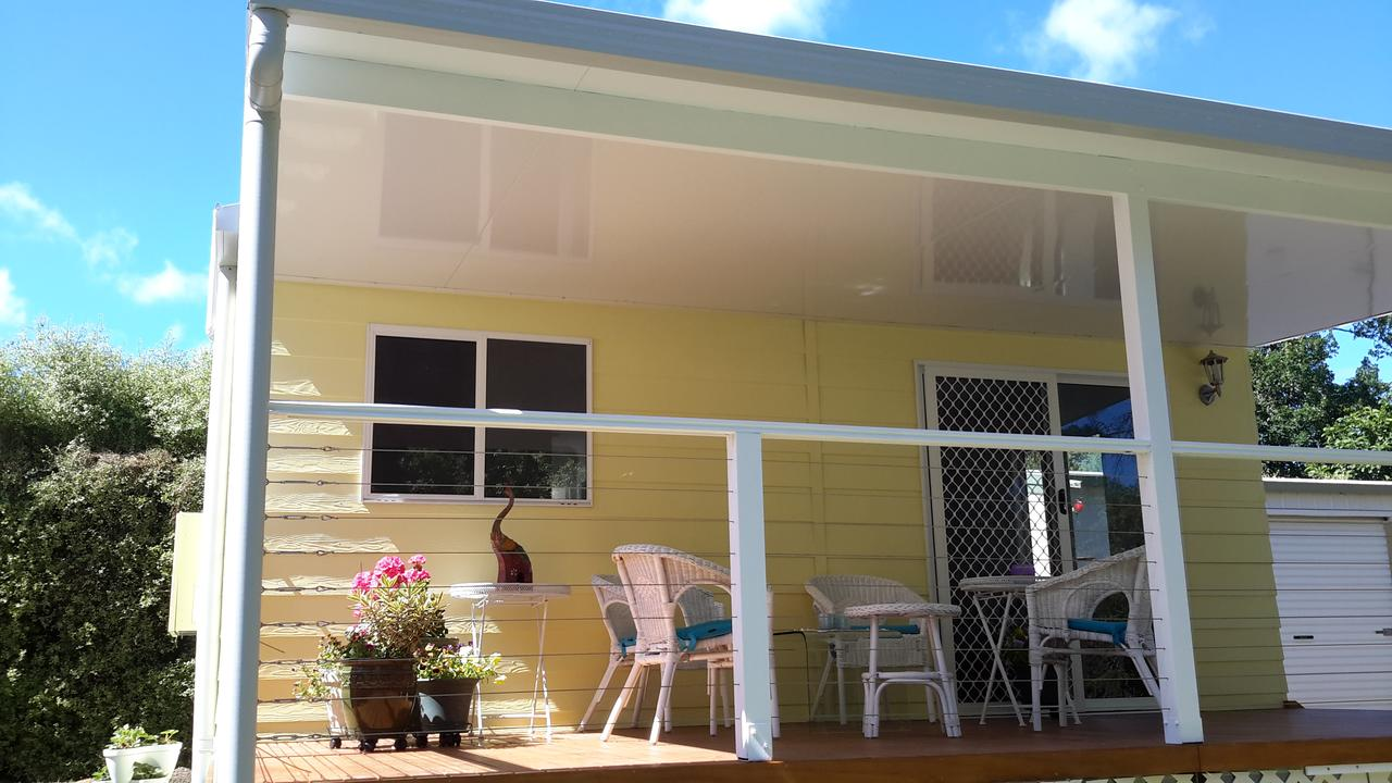 The Best Exotic Magnolia Cottage - Accommodation Gladstone