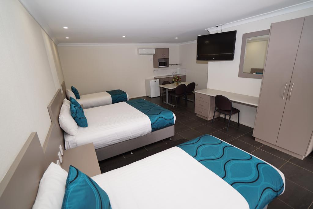 Exies Bagtown - Accommodation Gladstone