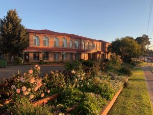 Heritage Motor Inn Goulburn - Accommodation Gladstone