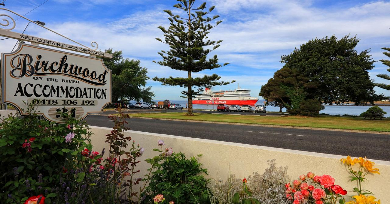 Birchwood Devonport self-contained self catering accommodation - Accommodation Gladstone