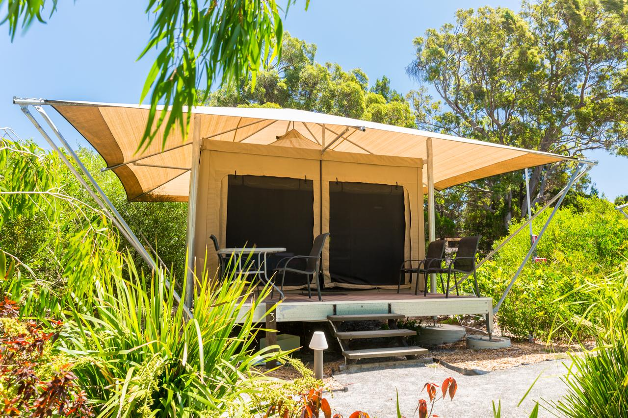 Castaways Moreton Island - Accommodation Gladstone