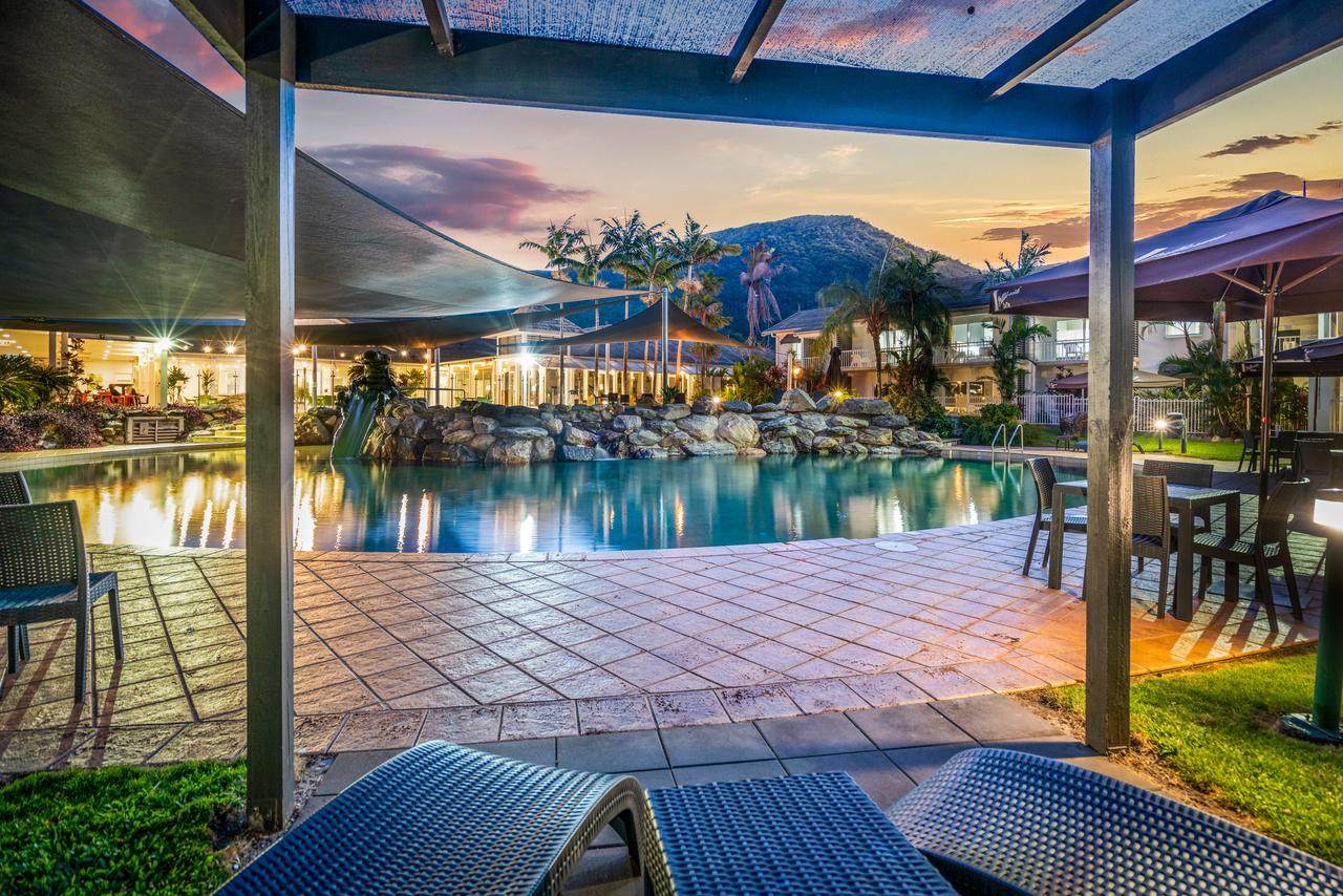 Hotel Grand Chancellor Palm Cove - Accommodation Gladstone