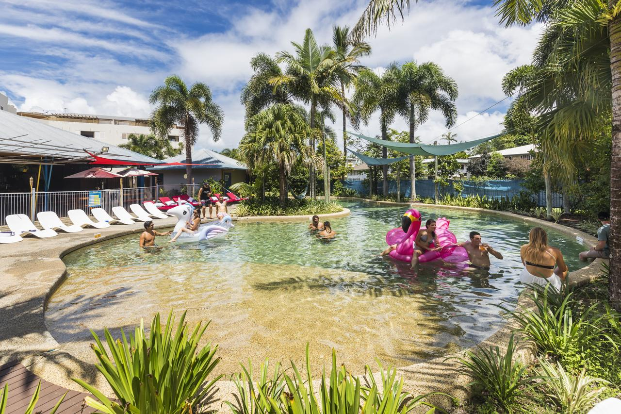 Summer House Backpackers Cairns - Accommodation Gladstone