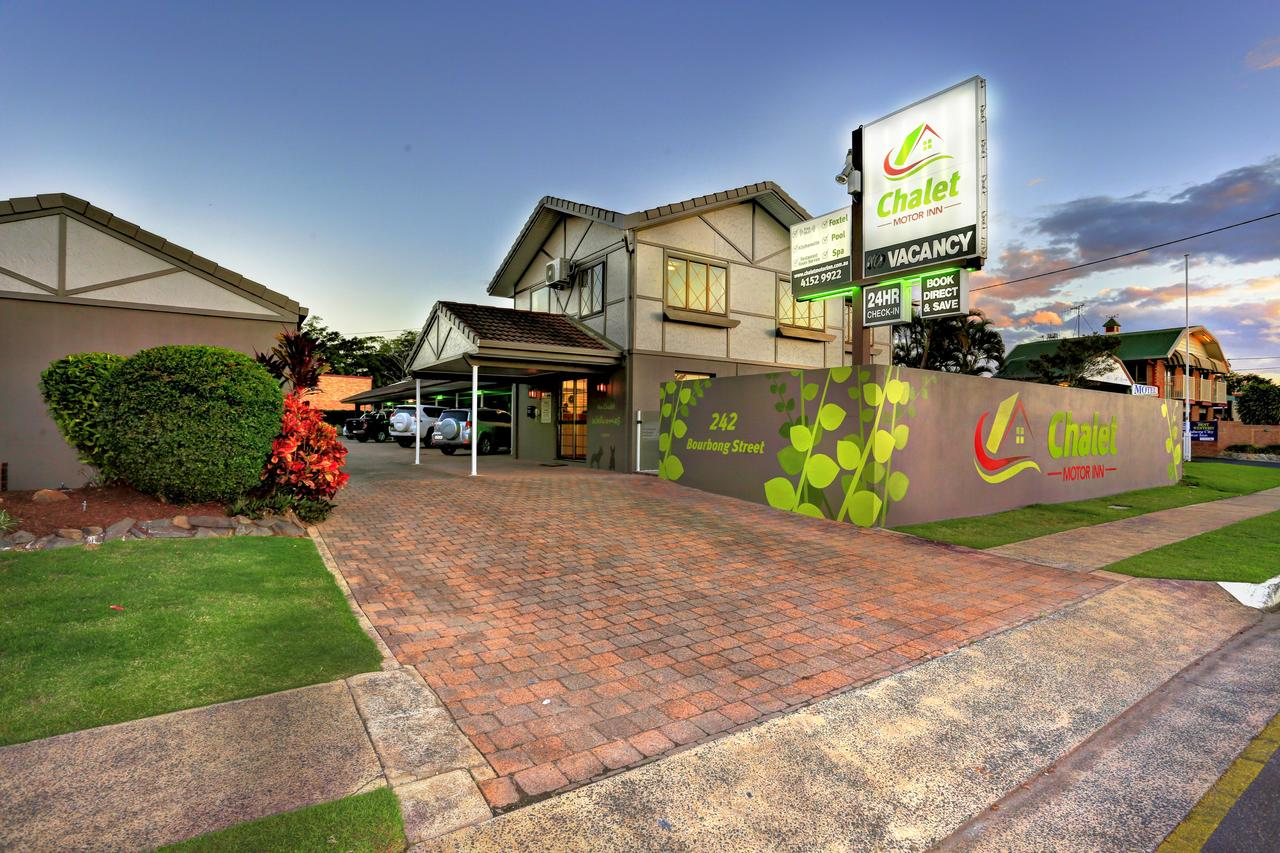 Chalet Motor Inn - Accommodation Gladstone
