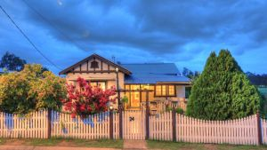 Andavine House - Bed  Breakfast - Accommodation Gladstone