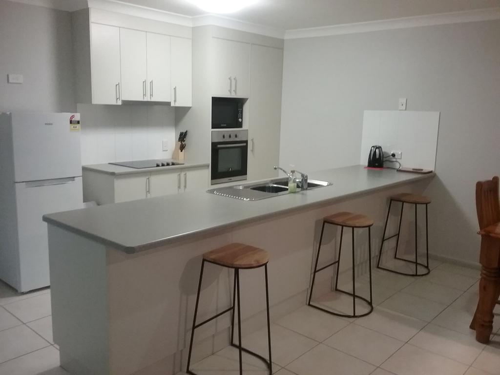 Banksia and Acacia Apartments - Accommodation Gladstone